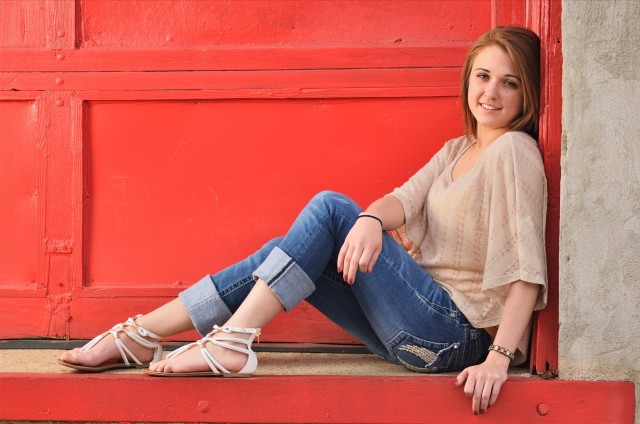 Des Moines East Village Senior Portraits Iowa Photographer